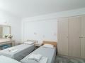 veranda room twin bed