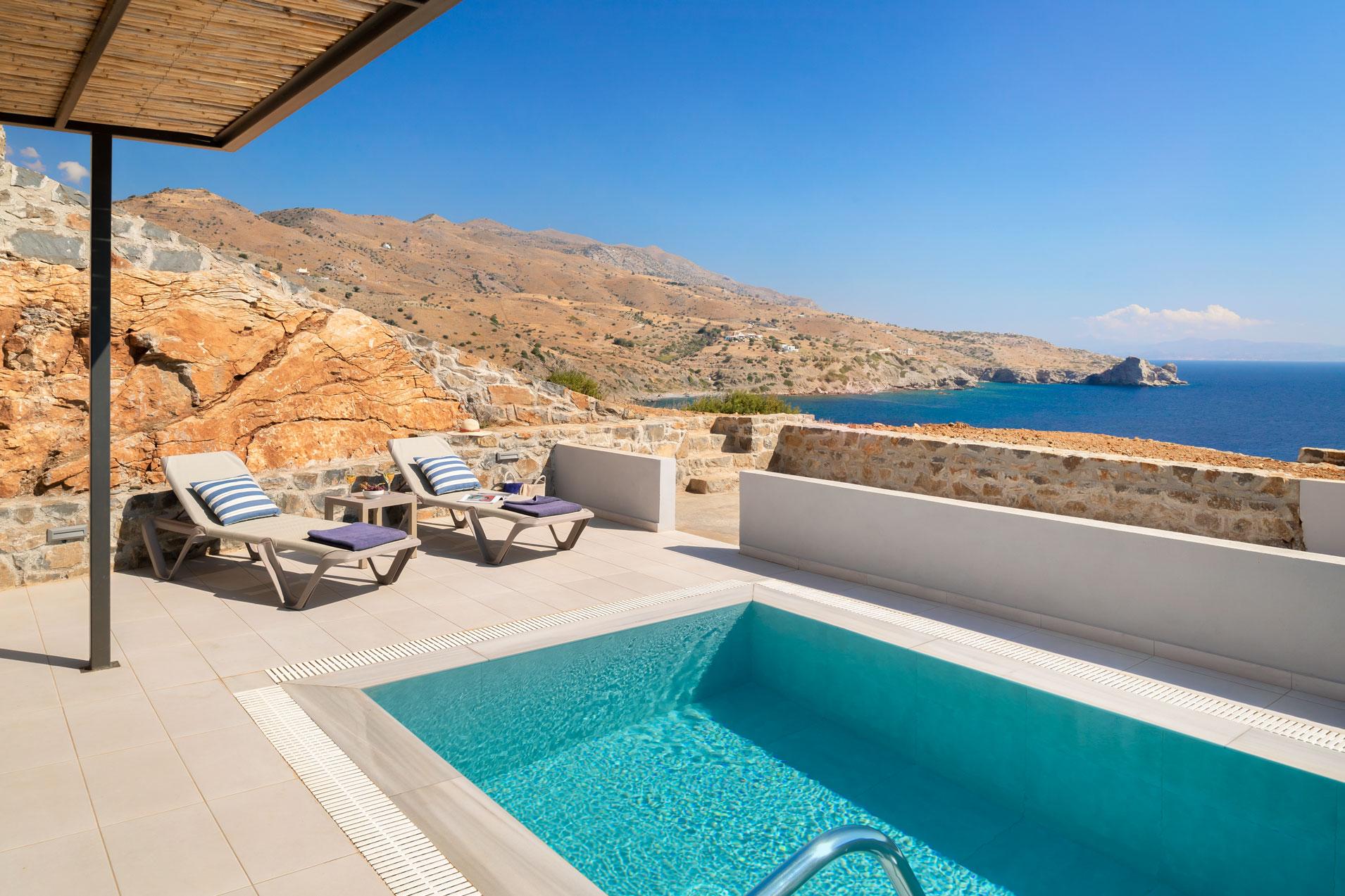 1-bedroom-villa-pool